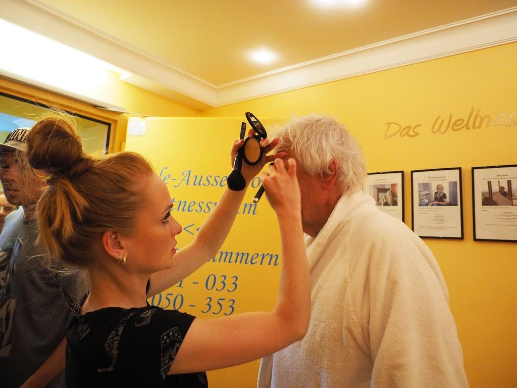 Wigald und Carlo auf Kur, Make-up © Franziska Claassen